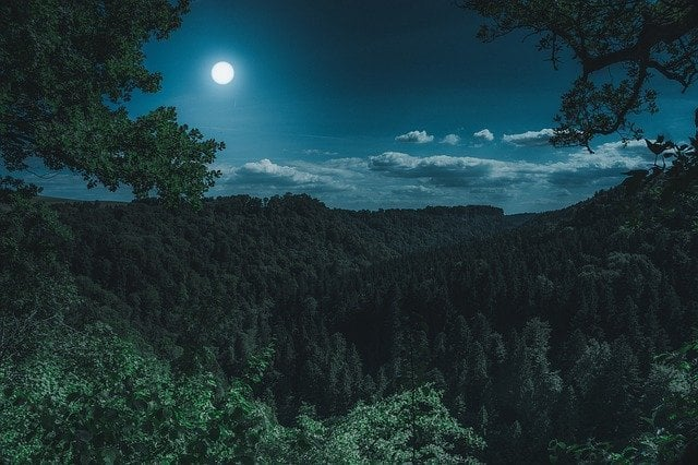 simpatia para fazer em lua cheia