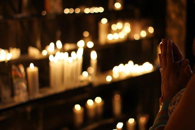 oração para ficar invisível para os inimigos