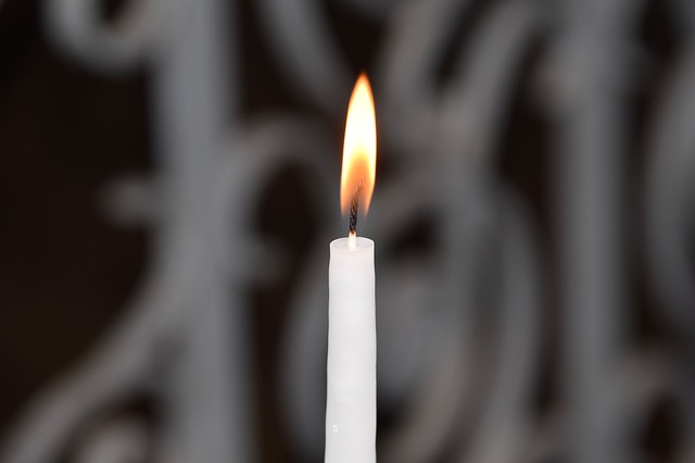 Simpatia da vela branca para trazer seu amor urgente