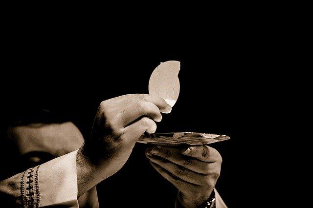 Oração poderosa para pedir a presença do Espírito Santo
